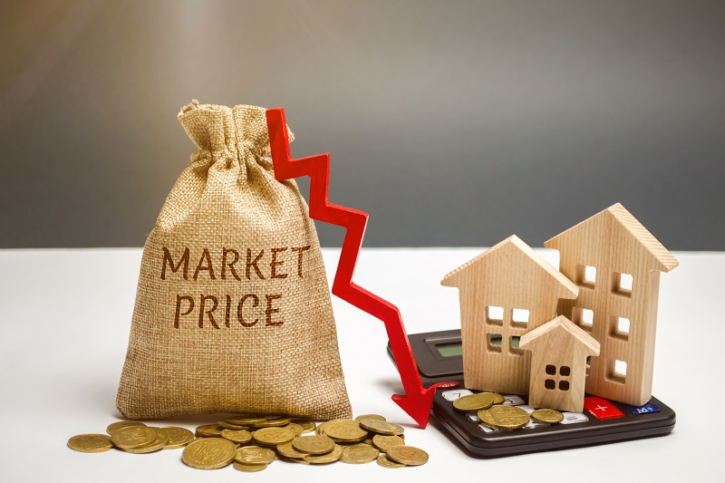 House prices still in a slump as RBA signals more rate cuts